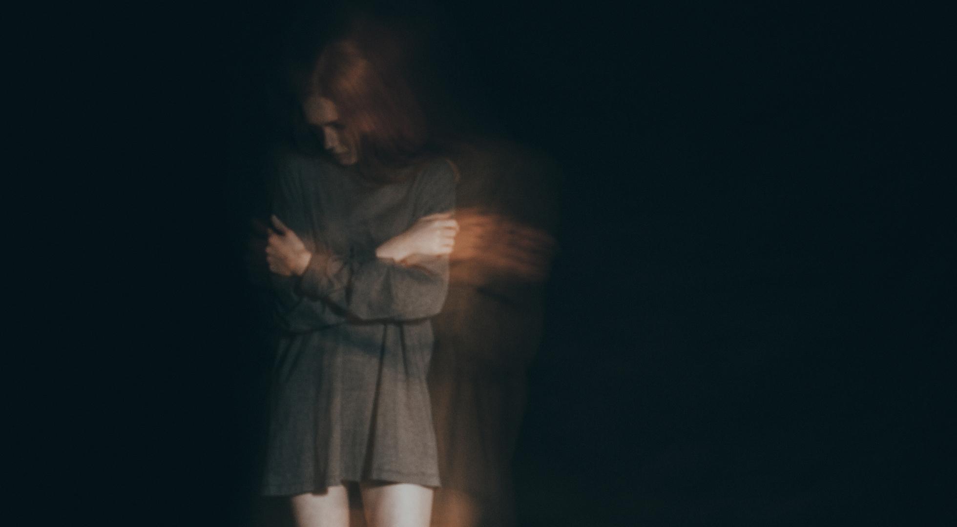 Donna vittima di violenza domestica